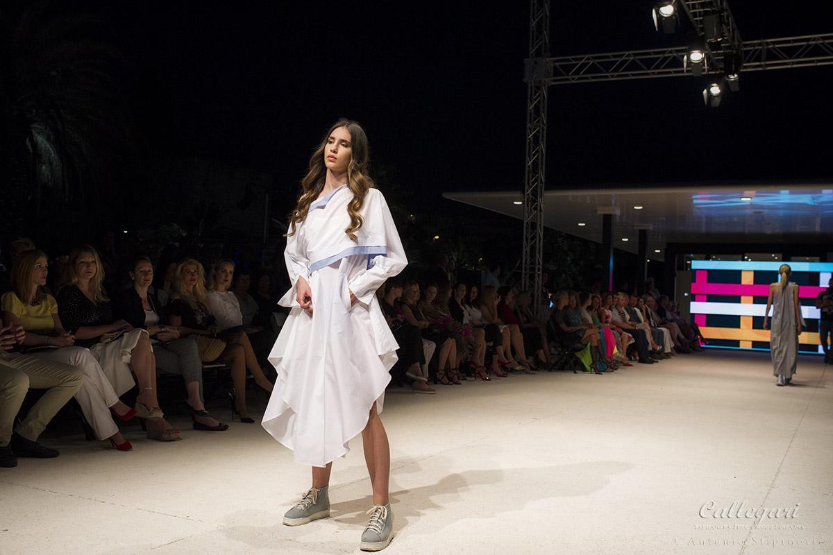 Modni stilist odjeće na engleskom