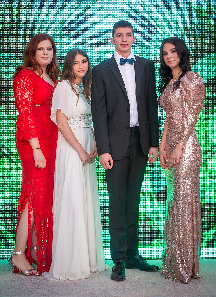 Callegarijevi polaznici makeup lookovima razveselili splitske zvijezde maturalne večeri Zaklade Hrvatska za djecu